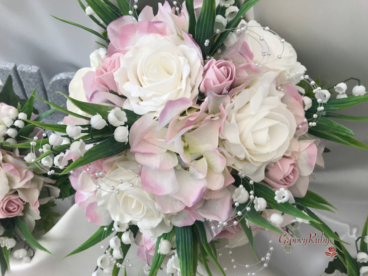 PALE PINK HYDRANGEA WITH COTTAGE ROSES AND PEARLS