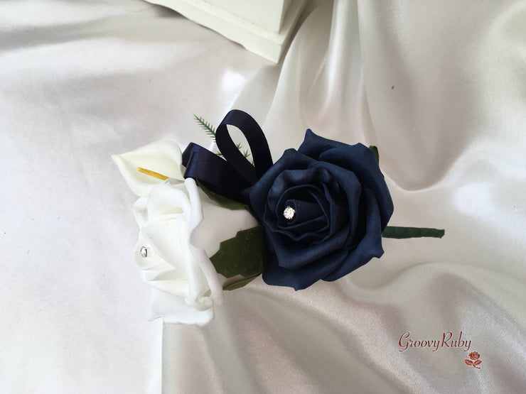 White & Navy Centred Calla Lilies With Roses
