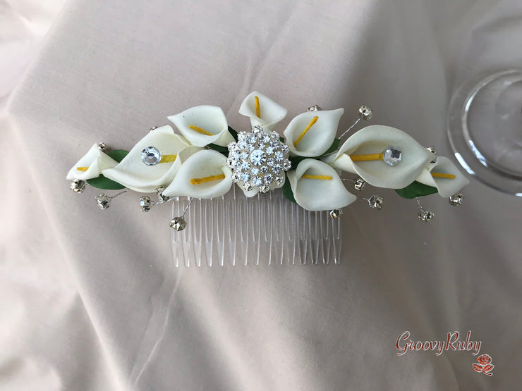 Hair Comb Calla Lily With Diamante Brooch