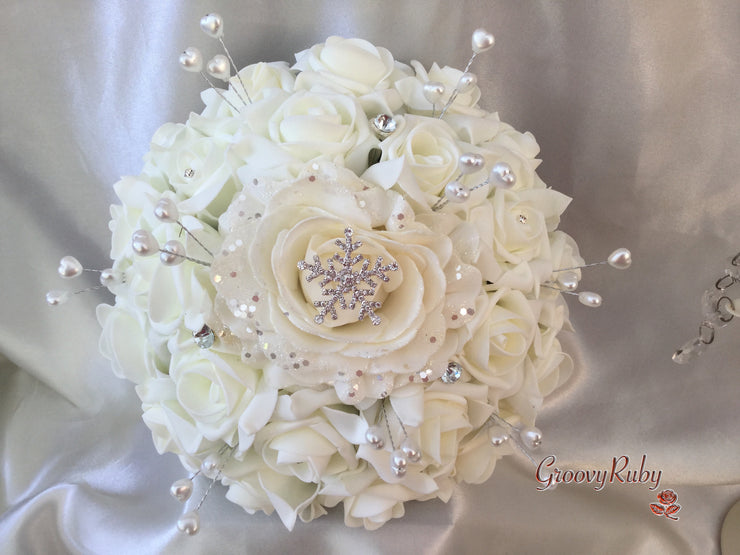 Frosty Ivory Rose Heart Pearl Spray Snowflake Range