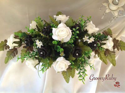 Black & Ivory Rose Table Centrepiece