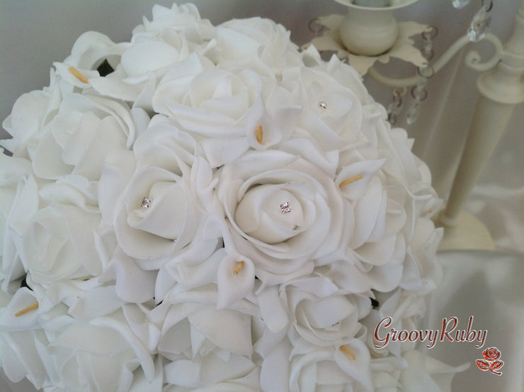 White Rose Crystal With Large Calla Lily