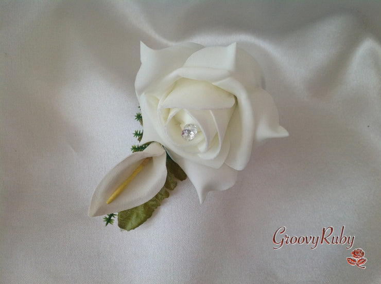 Ivory Rose & Small Calla Lily