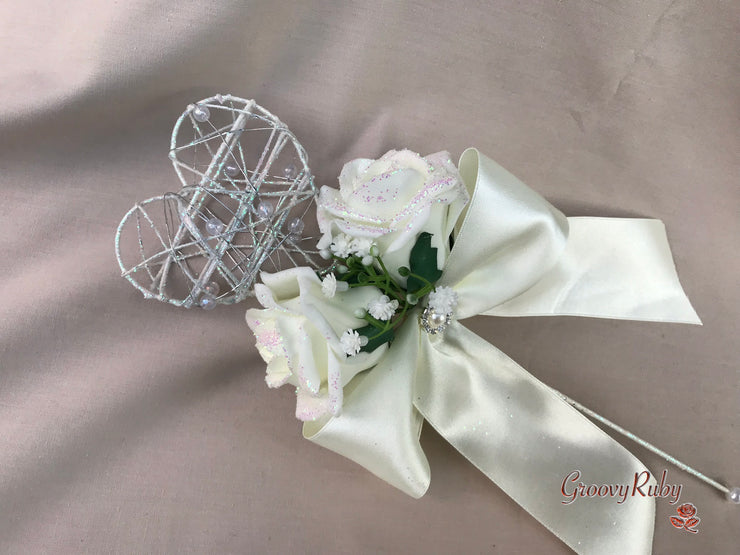 Ivory Glitter Roses With Pearls & Gypsophila