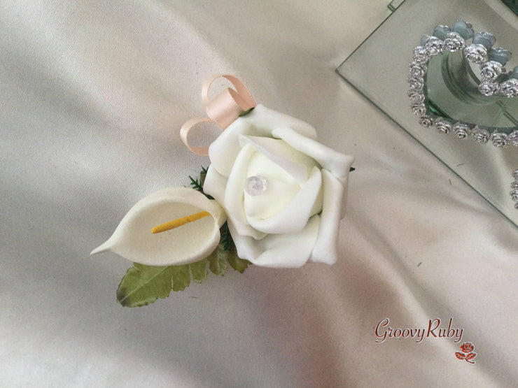 Single Buttonhole Champagne Ribbon Loop