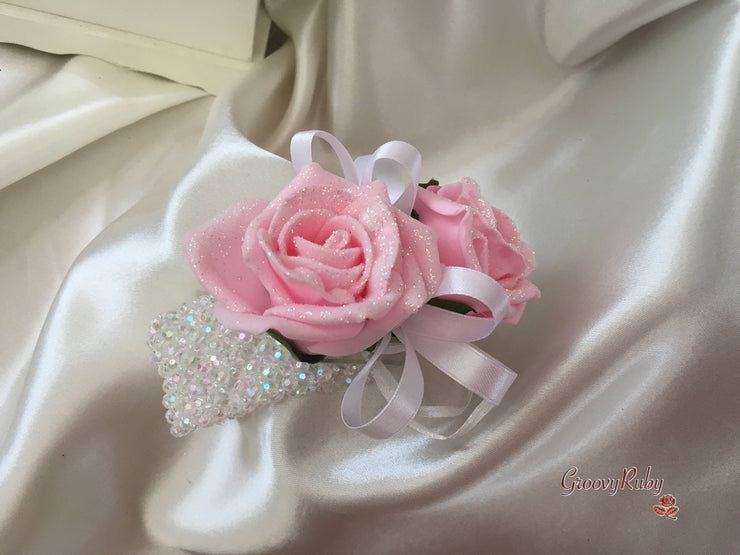 White Pink Centred Lilies & Baby Pink Glitter Roses