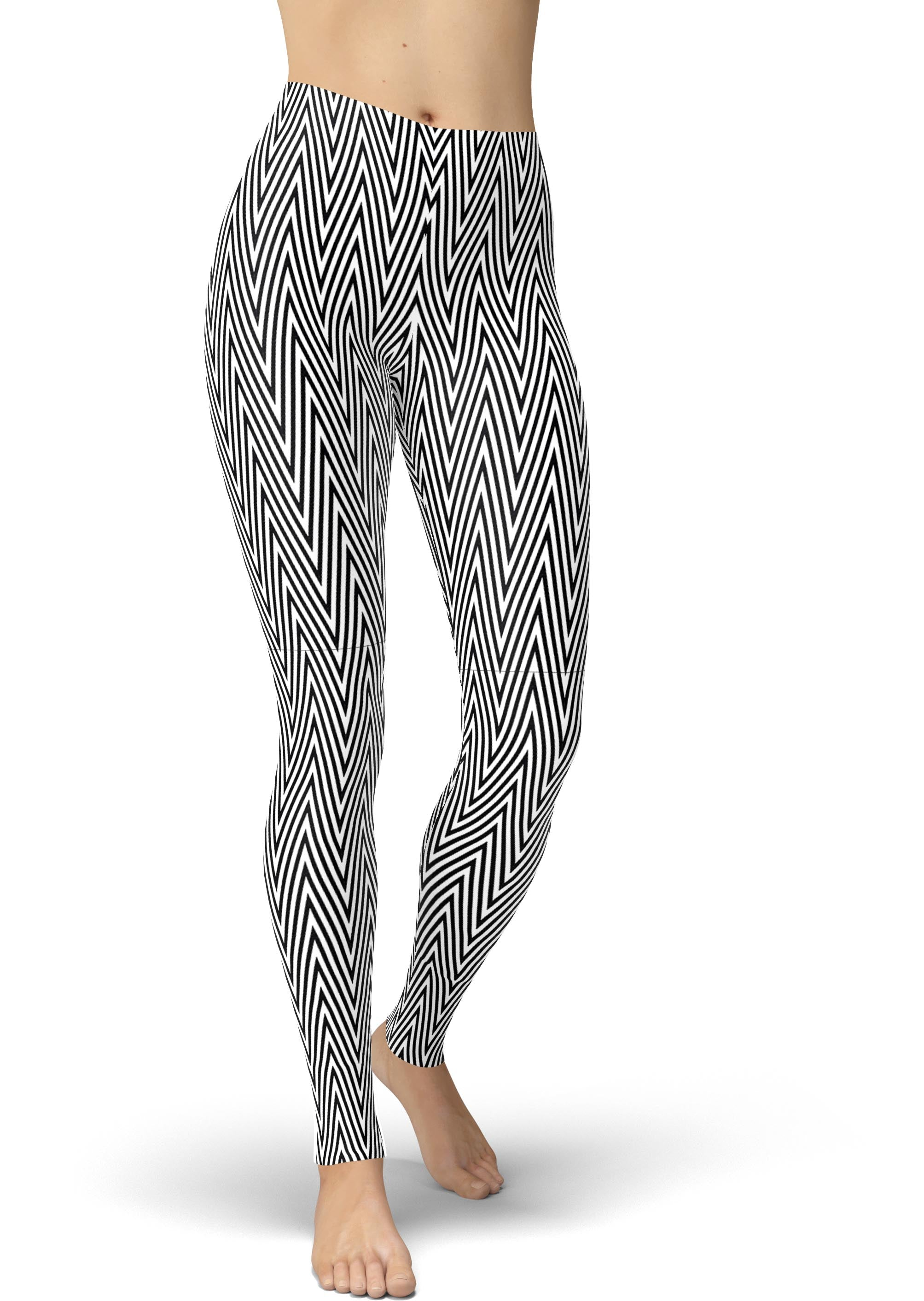 Black & White Geometric Chevron Leggings