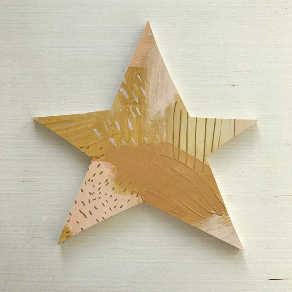 Gold Star Topper Medium 17