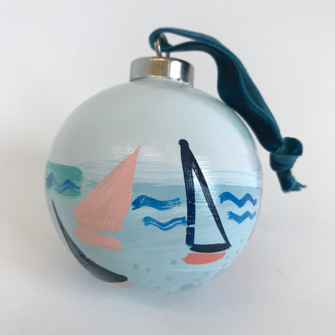 Regatta Ornament 15