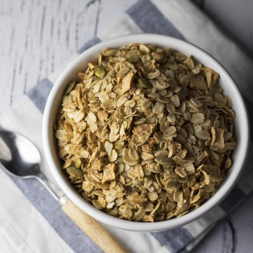 Granola, Cinnamon with Pumpkin Seeds and Raisins