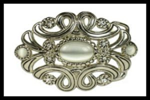 Rhinestone Belt Buckle with Oval White Cat Eye Stone