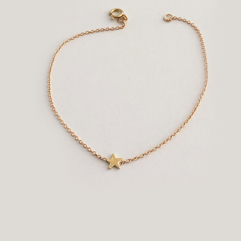 Single Star Bracelet - Solid Gold