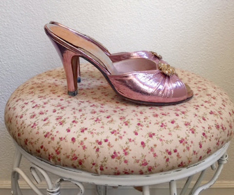 1910's Venus Last Pink Lamé Leather Slides