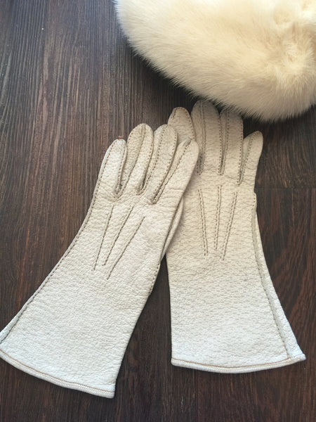 Pebbled Leather Riding Glove l M