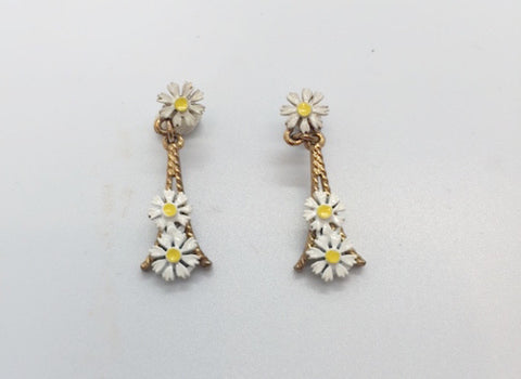1970's Springtime In Paris Pierced Earring