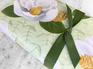 Gift Wrap Favorite Story Magnolias with Pine Cones Gift Wrap, Fine Wrapping Paper