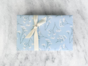Gift Wrap Favorite Story REVERSIBLE Baby's Breath Fine Wrapping Paper