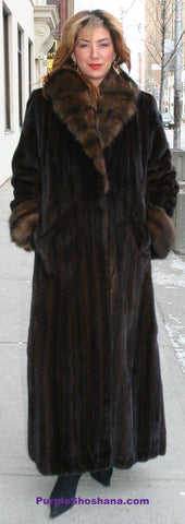 Luxurious NAFA Solid Mahogany Brown Canadian Mink Fur Coat + Sable M