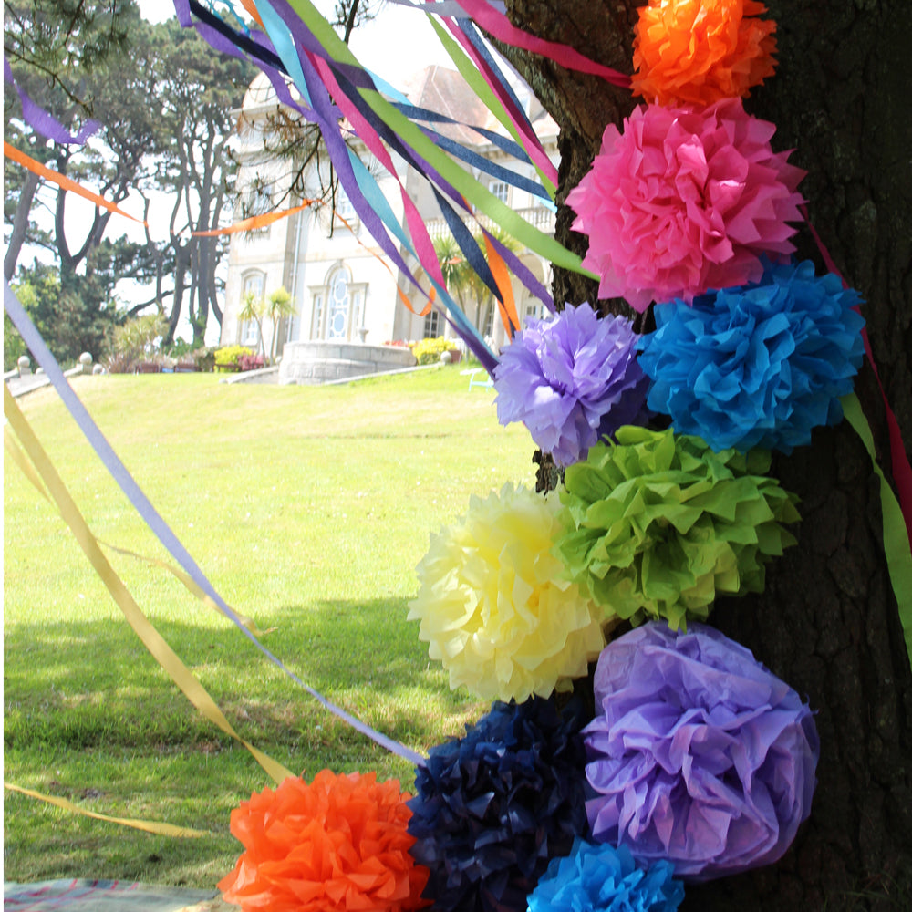 HOW TO Make a Tissue Paper Pom Pom