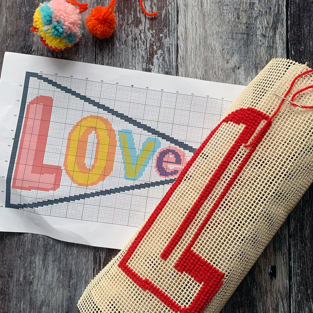 Pennant LOVE Tapestry Cross Stitch Kit