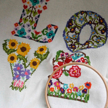 Love Floral - Cross Stitcher PDF