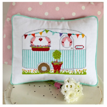 Vintage Caravan - Cross Stitch PDF
