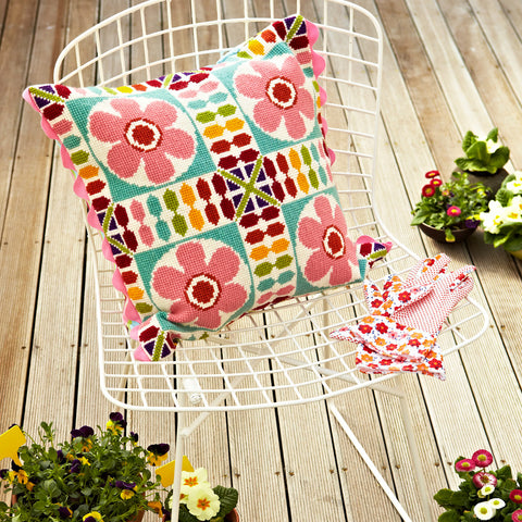 Supersize Stitches Retro Flower Tile Cross Stitch Kit