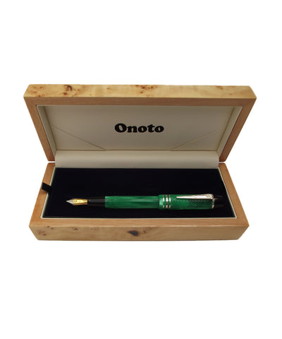 Onoto Magna Classic Fountain Pen - Green Pearl (Chased)