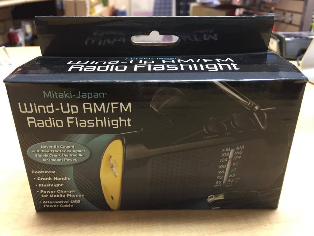 TCD - Wind-up Am/Fm radio with flashlight and USB charger