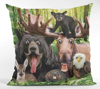 Throw Pillow Wildlife Selfie 18""