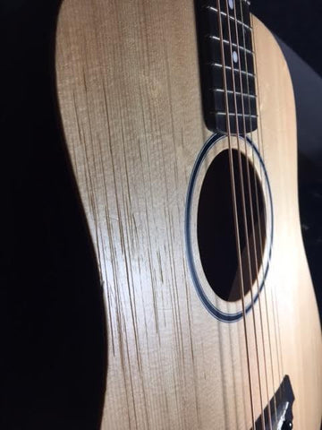 Hydrate, Polish & Re-string Acoustic Guitar