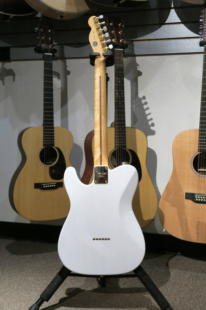 Fender Limited Edition Select Light Ash Telecaster with Maple Fingerboard - White Blonde - Bananas At Large®