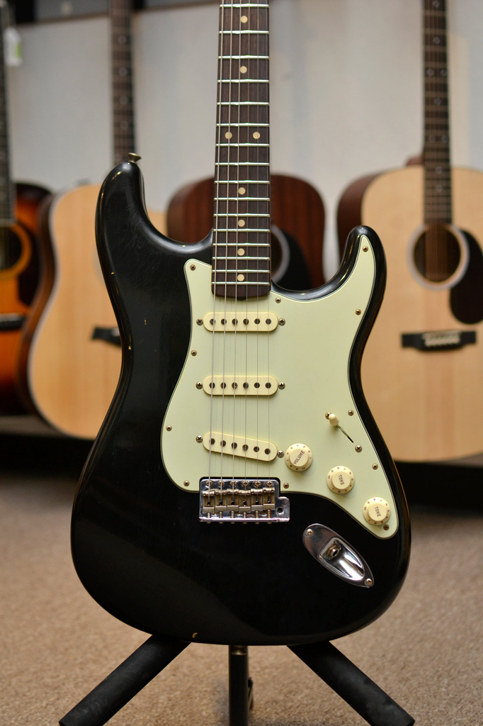 Fender Custom Shop Limited Edition 1961 Journeyman Stratocaster - Aged Black - Bananas At Large®