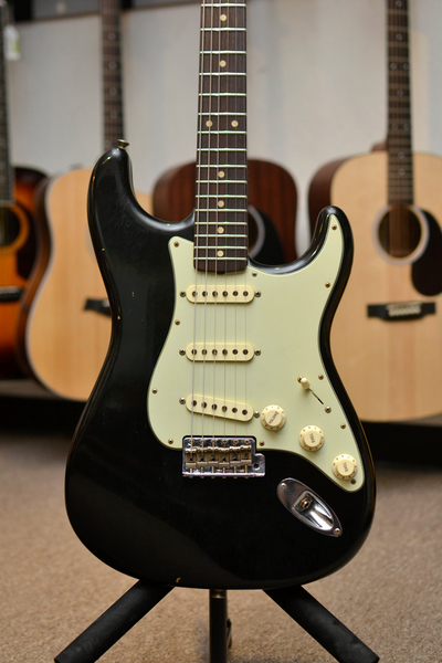 Fender Custom Shop Limited Edition 1961 Journeyman Stratocaster - Aged Black - Bananas at Large - 1