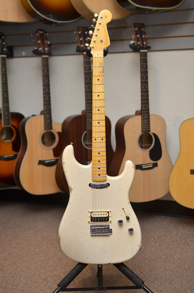 Fender Custom Shop Limited Edition Relic H/S Stratocaster - Aged White Blonde - Bananas at Large - 7