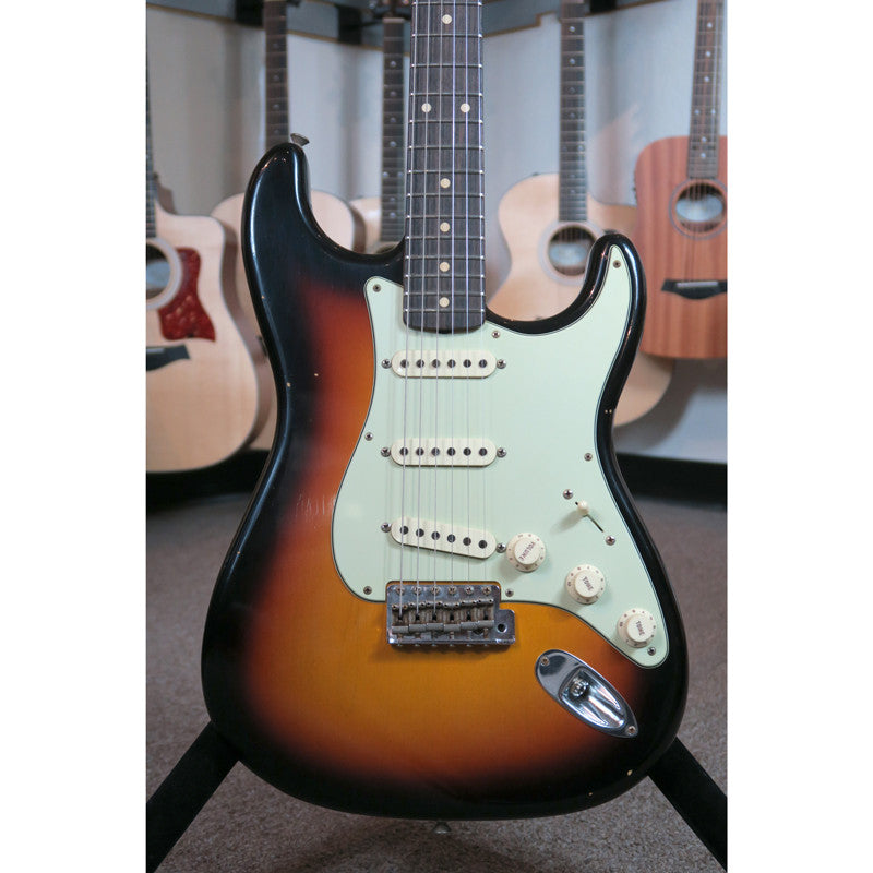 Fender Custom Shop Limited Edition 59 Special Stratocaster Journeyman Relic - Faded 3 Color Sunburst #007 - Bananas at Large - 4