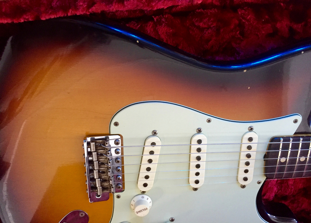 Fender Custom Shop Limited Edition 59 Special Stratocaster Journeyman Relic - Faded 3 Color Sunburst #007 - Bananas At Large®