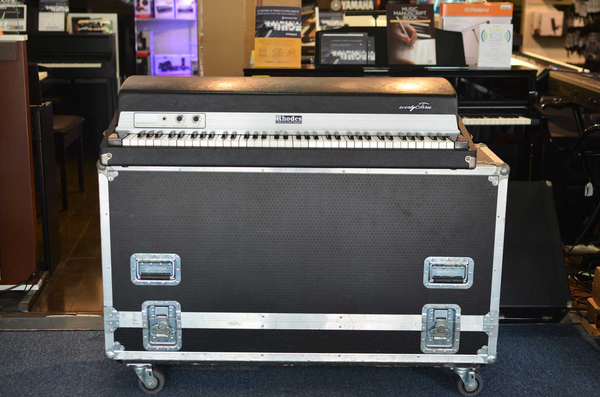 Rhodes Stage Seventy Three Keyboard with ATA Rolling Case (Joe Satriani Private Collection) (Pre-owned)