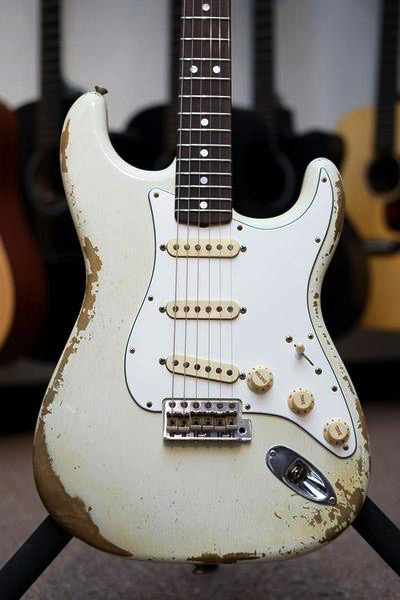 Fender Custom Shop Hand Selected 1967 Heavy Relic Stratocaster - Aged Olympic White - Bananas at Large - 1