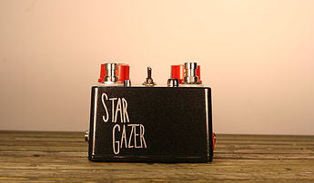 Hungry Robot Dual Stargazer Atmospheric Reverbations Pedal - Bananas at Large - 3