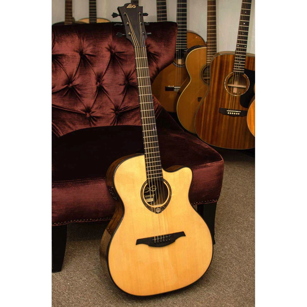 Lag TSE701ACE Tramontane Limited Edition Acoustic-Electric Guitar with Case - Snake Wood - Bananas at Large - 5