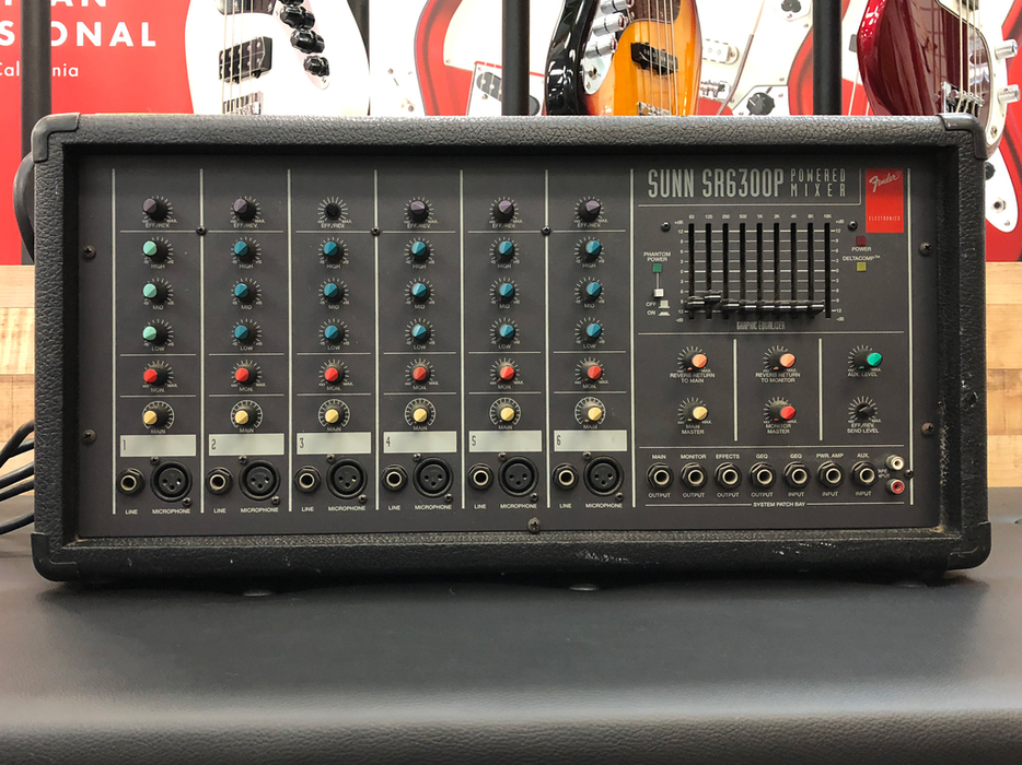 Fender Sunn SR6300P PA Powered Mixer (Pre-Owned)