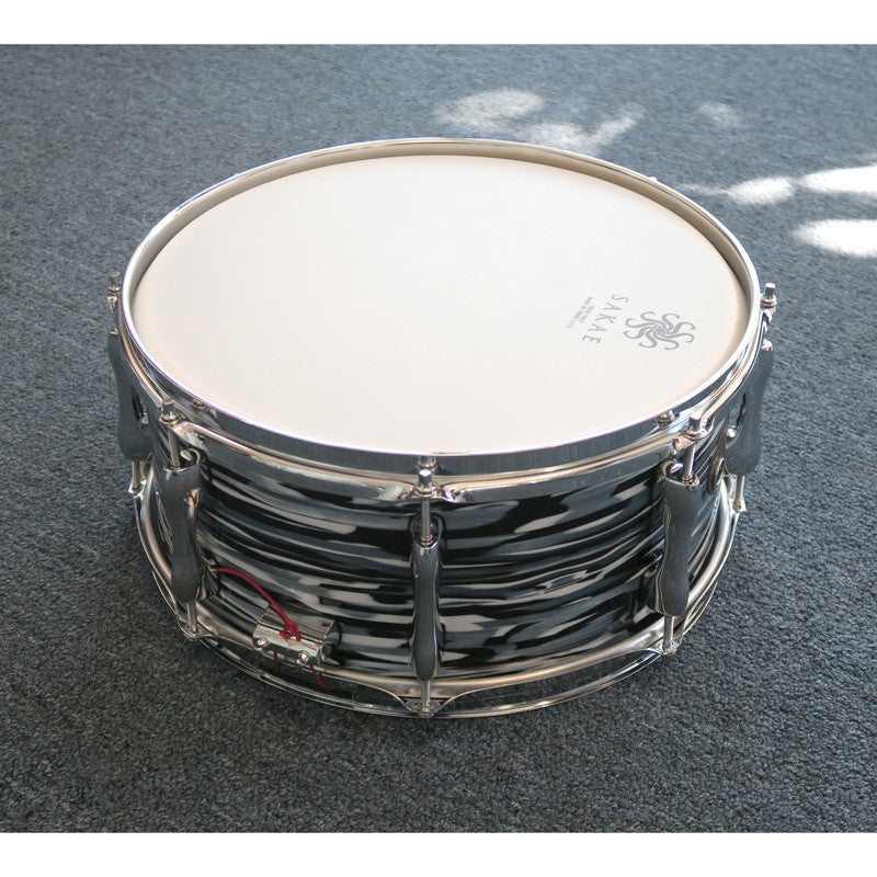 Sakae SD1465TR Trilogy 14x6.5 Rock Snare Drum - Black Oyster Pearl - Bananas at Large - 2