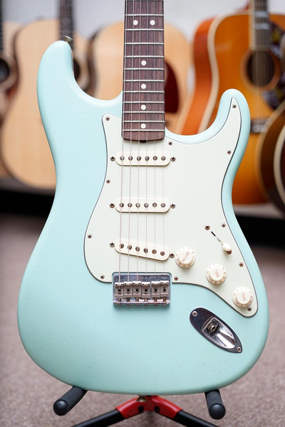 Fender Custom Shop Master Built Yuriy 1960s Stratocaster  - Aged Daphne Blue - Bananas At Large®