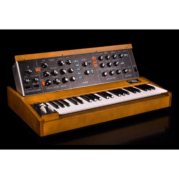 Moog Minimoog Model D Analog Synthesizer - Bananas at Large - 1