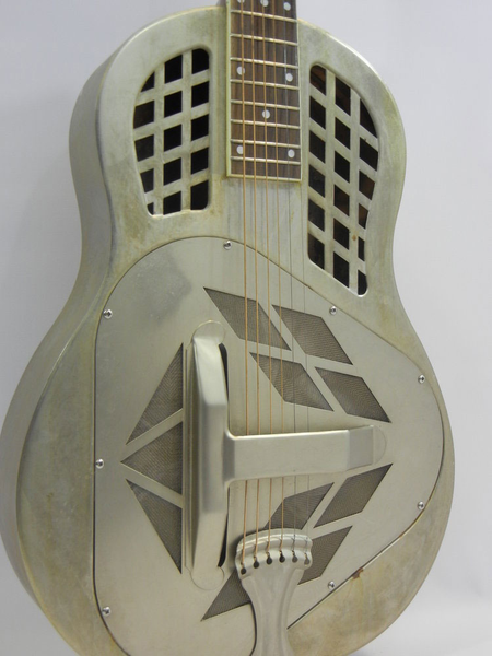 Republic Guitars 200R Classic Tricone Relic Resonator