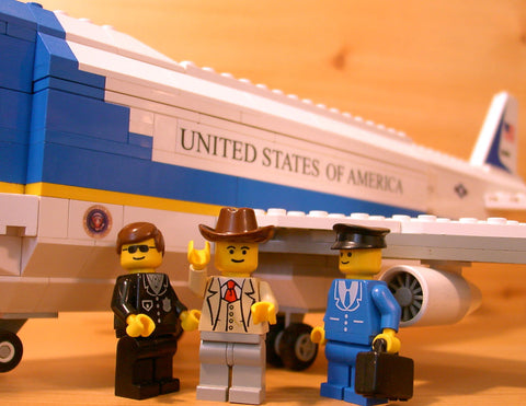 Museum: Dan's Custom Air Force One (for your LEGO town)