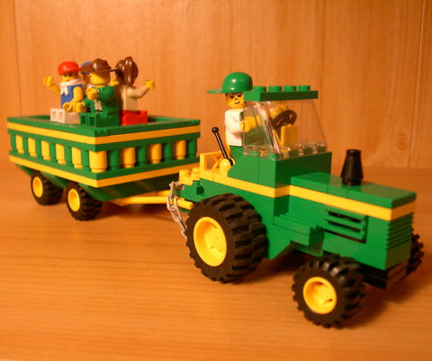 Museum: Dan's Custom Hayride Tractor (for your LEGO town)