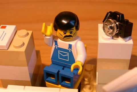 Dan's Custom Weary eBay Seller (for your LEGO town)
