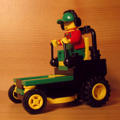 Dan's Custom Zero Turn Mower Green (for your LEGO town)